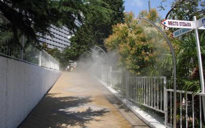 Attirer les touristes grâce à la brumisation de places publiques